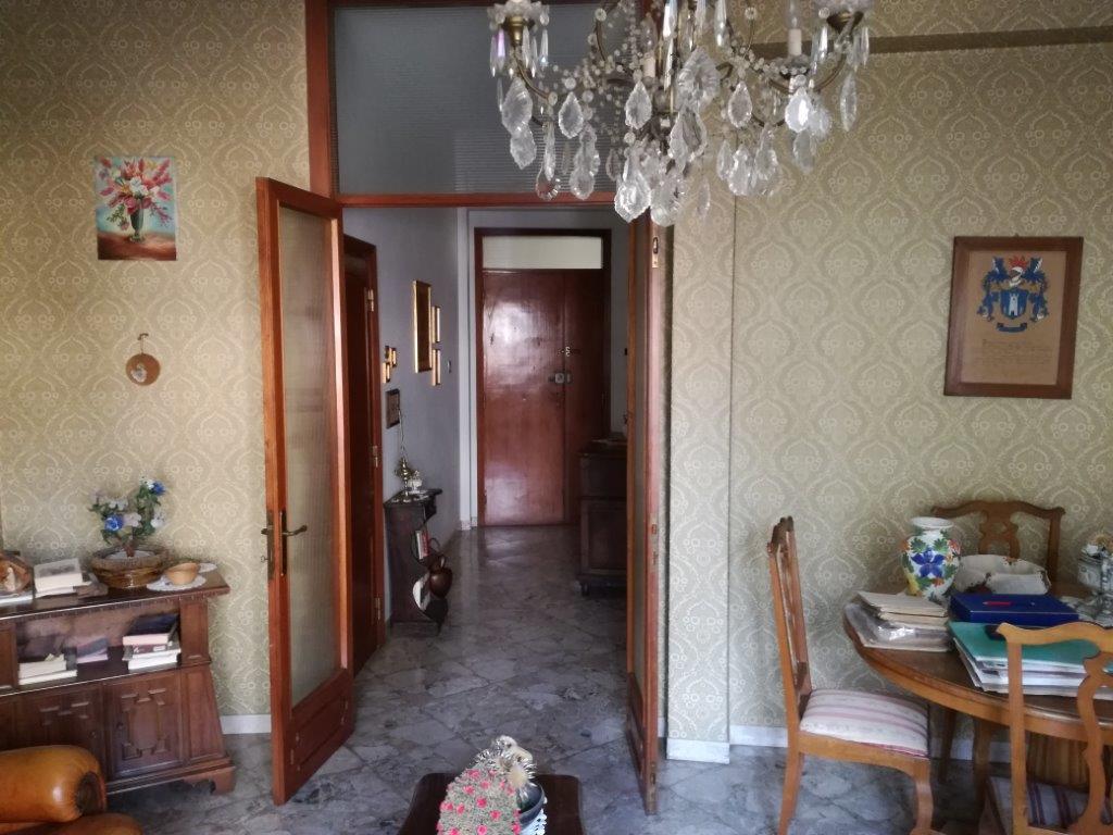 Agenzie Immobiliari Arezzo zona vigili del fuoco, appartamento di 120 mq > agenzia